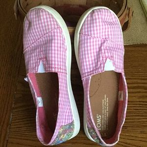 Toms 1.5 youth shoe